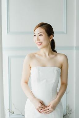 Sonia & Tom | studio shoot by Janet of Sophia Kwan Weddings