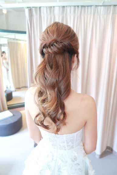 Trinity Bridal | hair styling for Oscar de la Renta event