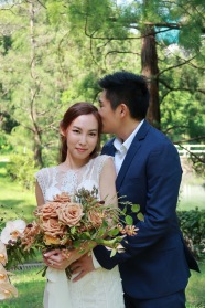 Vanessa & Desmond | outdoor shoot by Janet of Sophia Kwan Weddings